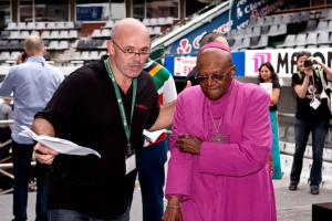 Evan Roberts with Desmond Tutu